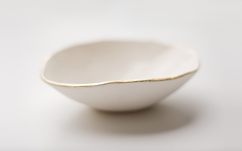 Photo of gold lip dish